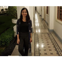 Nora Setiawan - sribulancer